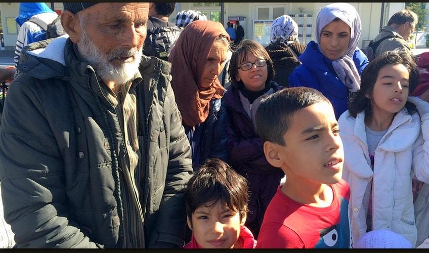 لاجئ 110 عاما 848x500.bmp